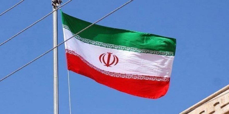 """""""İran'da Halkın Yüzde 75'i Ülke Şartlarından Rahatsız"""""""