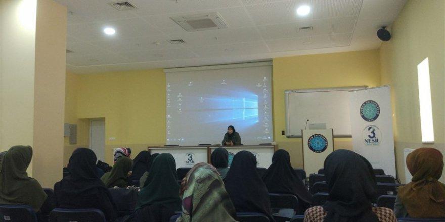 """Uludağ Üniversitesi'nde """"Hayatta Kal Belgesel Gösterimi"""" Gerçekleştirildi"""