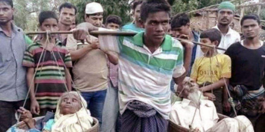 Anne Babasını 7 Gün Sepette Taşıyarak Bangladeş'e Sığınan Arakanlı Konuştu