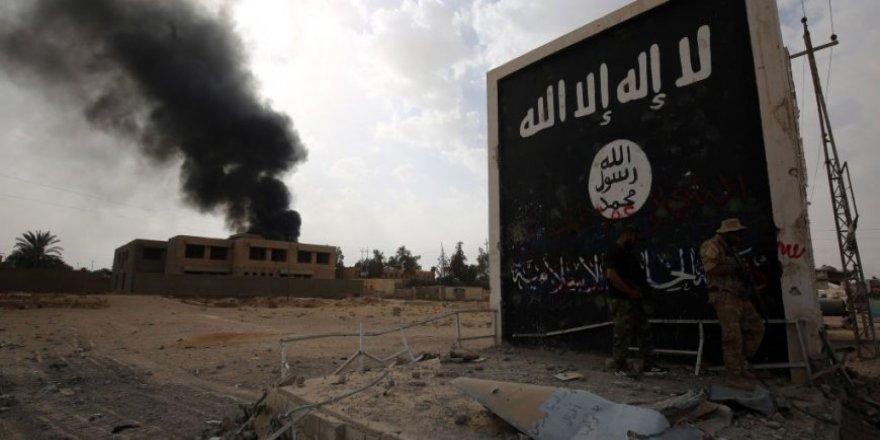 """""""IŞİD Düşmanlarına Benzemekle Kaybetti"""""""