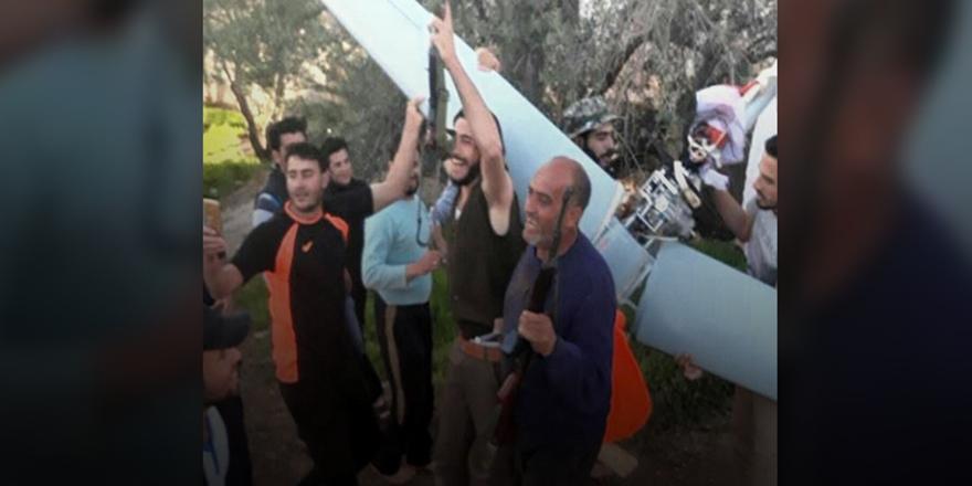 Direnişçiler Suriye'nin Güneyinde Rusya'ya Ait İHA Düşürdü!