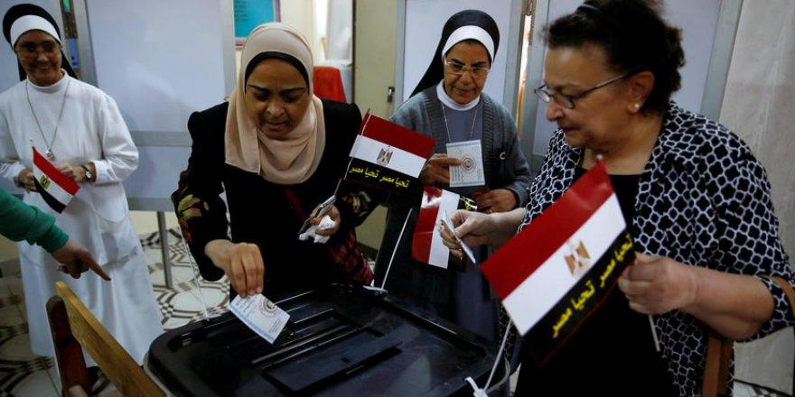Mısır'da Tiyatro Tamamlandı: Sisi 4 Yıl Daha Zulmünü Sürdürecek!