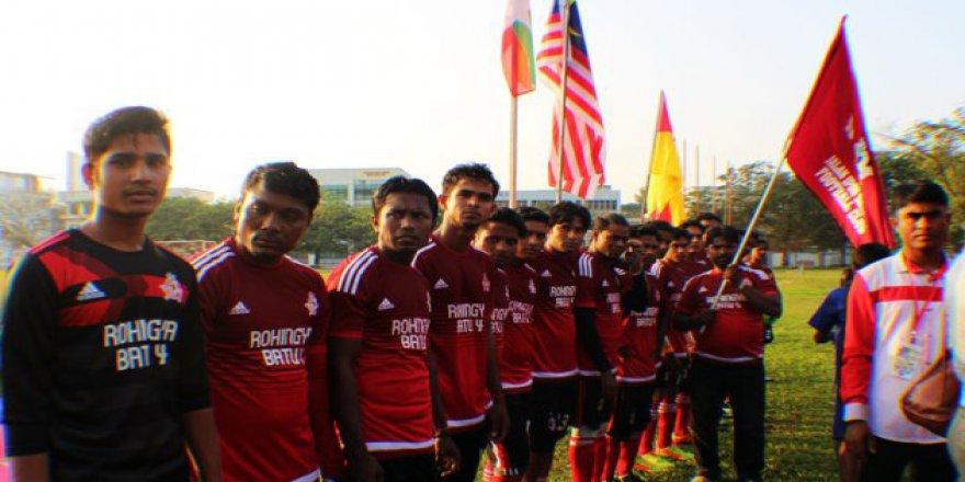 Rohingya Futbol Takımı, Arakanlı Müslümanlar İçin Sahalarda
