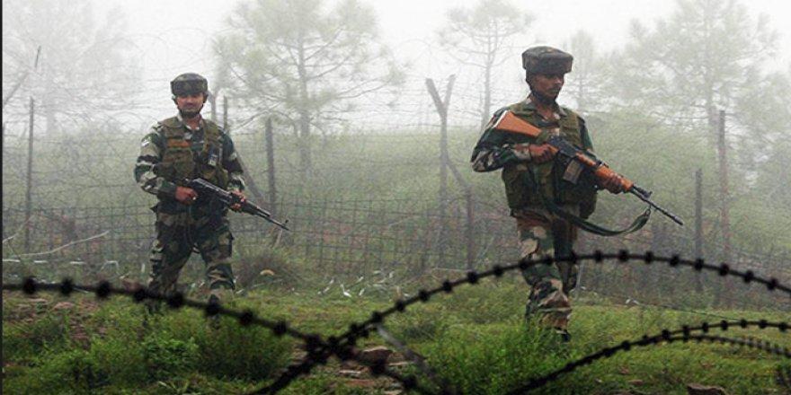 Keşmir'de Çatışma: 20 Ölü