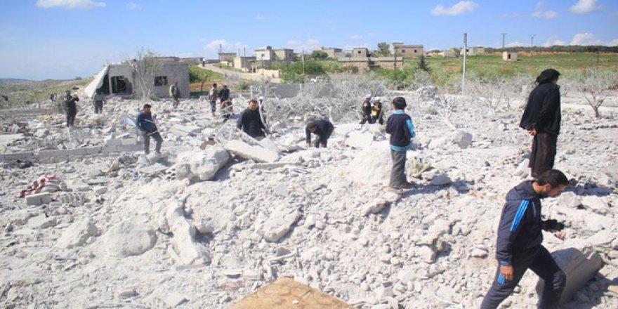İdlib'de Sivillere Yönelik Hava Saldırıları Sürüyor