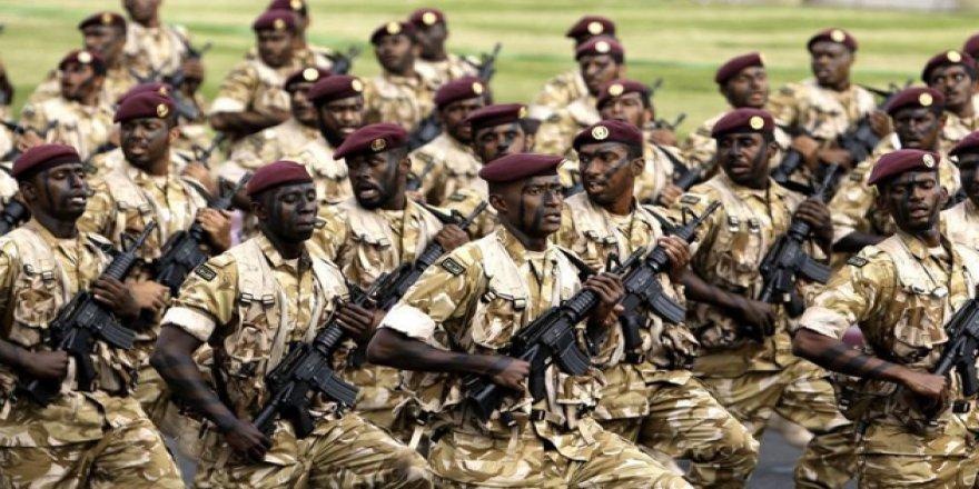 Katar'da Zorunlu Askerlik Uzadı