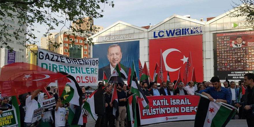 """Bursa'da """"Büyük Geri Dönüş Yürüyüşü""""ne Destek Eylemi"""