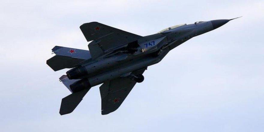 İran Hava Sahasını Rus Savaş Uçaklarına Açtı
