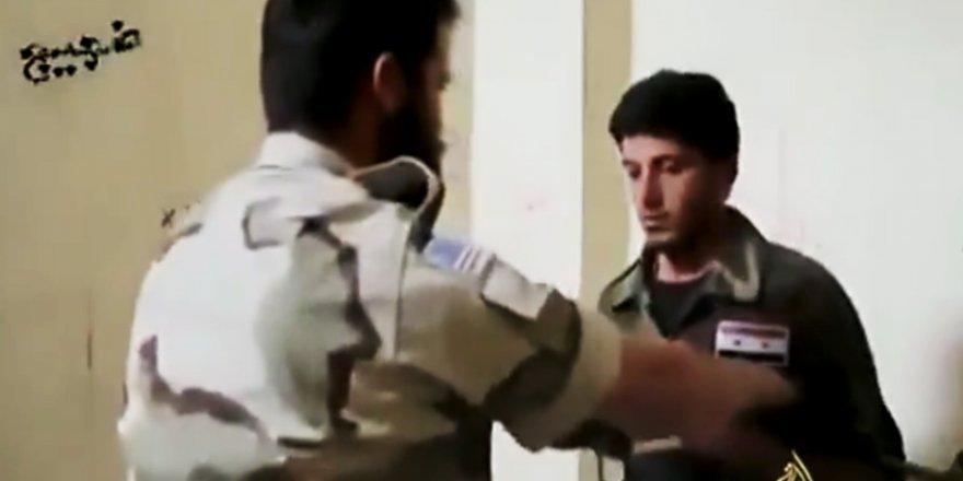 Suriyeliler ABD'nin Hava Saldırıları ile Dalga Geçti