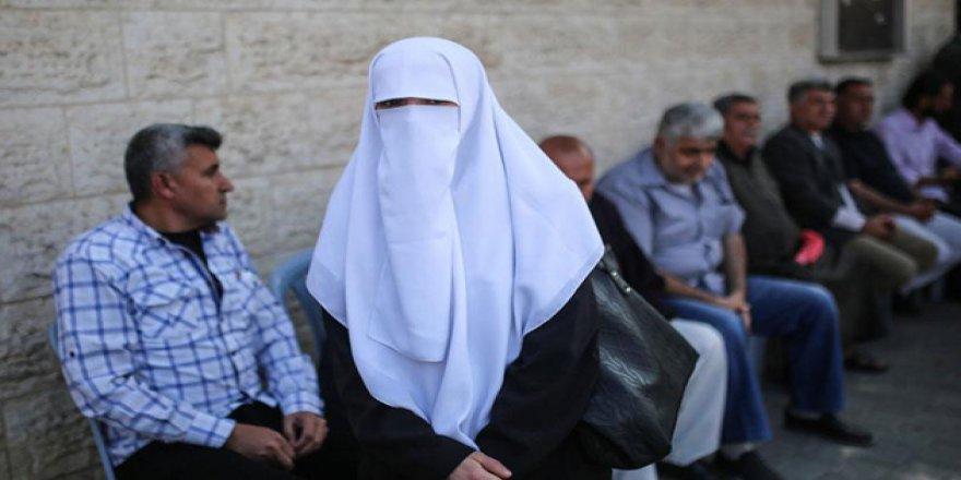 İsrail'den Filistinli Tutuklulara Ziyaret Yasağı