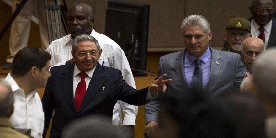 Küba'da Devlet Başkanlığına Tek Aday Diaz-Canel Oldu