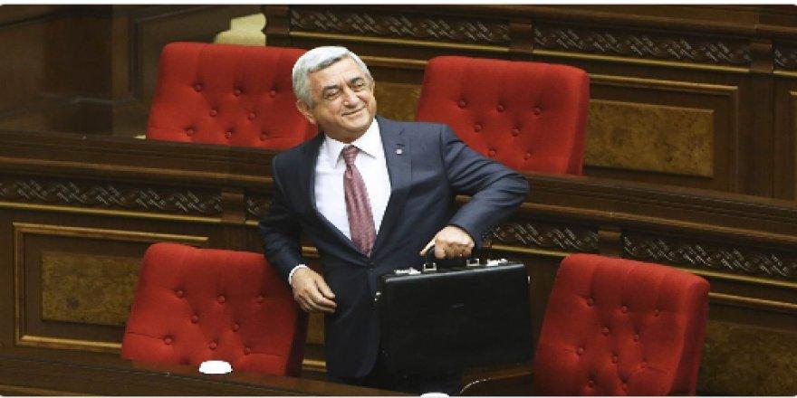 Ermenistan Başbakanı Sarkisyan İstifa Etti