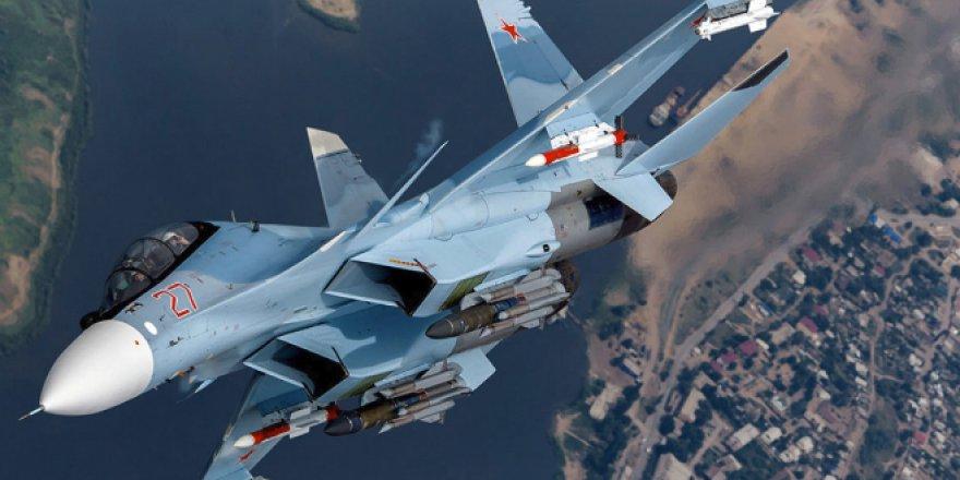 Suriye'de Rus Savaş Uçağı Düştü