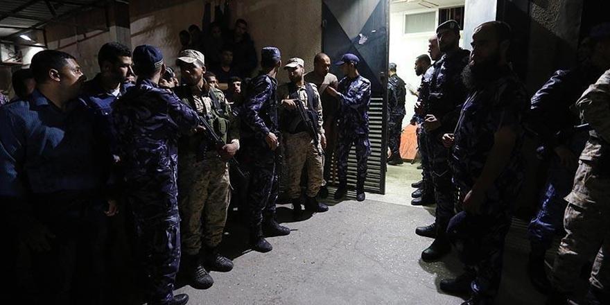 Gazze'de 6 Kassam Tugayları Mensubu İçin Cenaze Töreni Düzenlendi