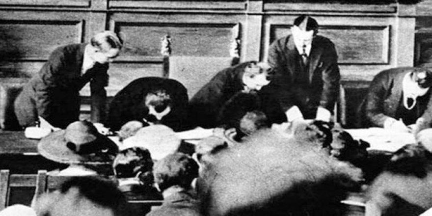 Lozan ve Montrö Boğazlar Antlaşmaları'nın Gizli Maddeleri Halka Açılıyor