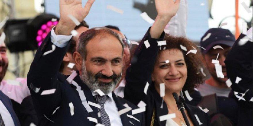 Nikol Paşinyan'dan Türkiye Açıklaması: Koşulsuz Diyaloğa Varız