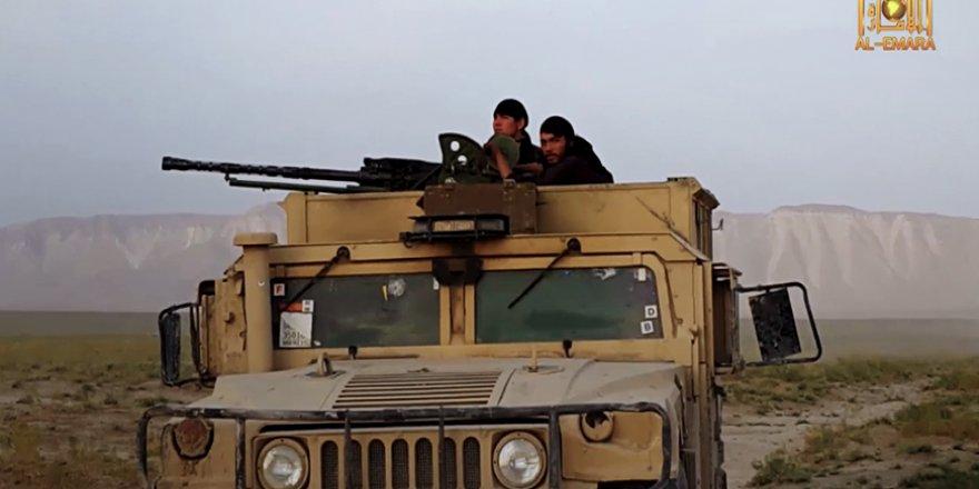 Taliban Beş Gün İçinde Afganistan'da 3'üncü İlçeyi Ele Geçirdi