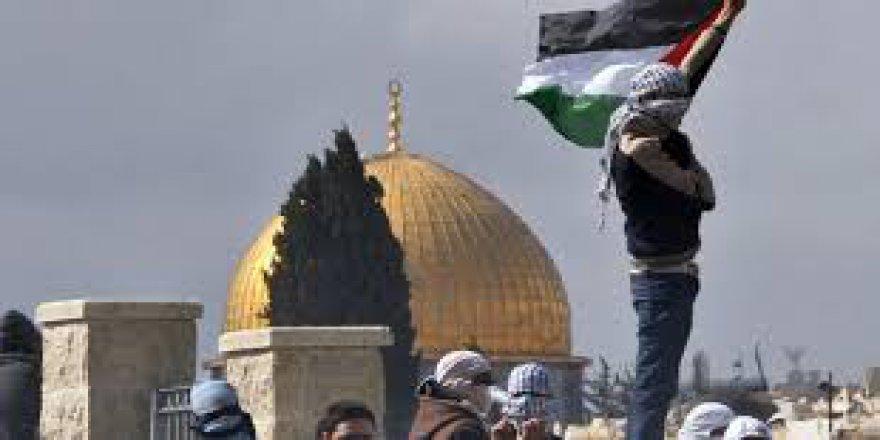 Kudüs İçin Arapça Düet Yaptılar