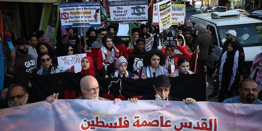 New York'ta ABD ve İsrail'e Protesto: Kudüs Filistin'in Başkentidir!