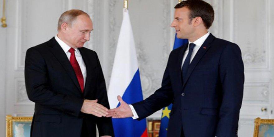 'Rusya ile Fransa, Suriye Konusunda Hemfikir'