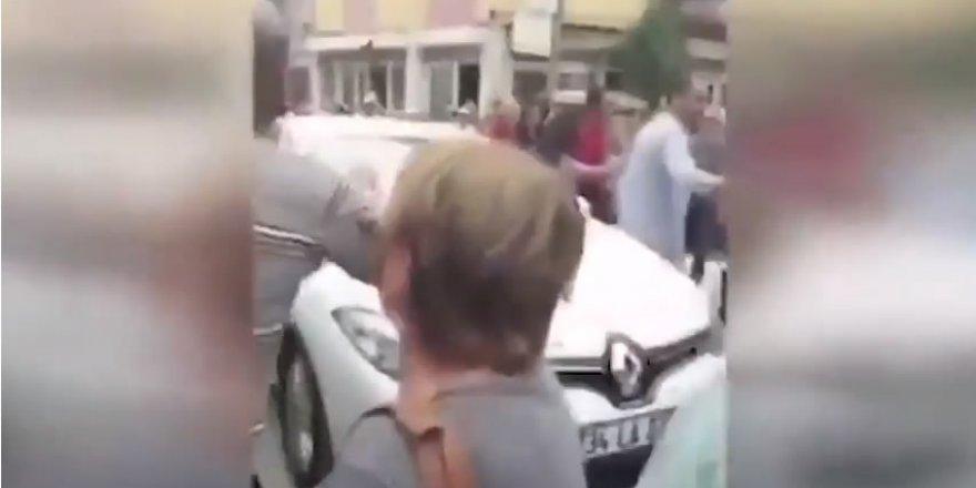 İnce Gazladı CHP'liler TRT Aracına Saldırdı