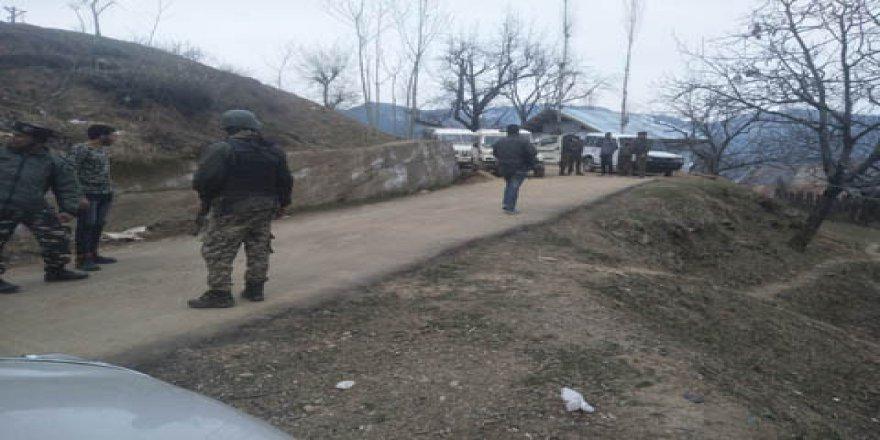 Keşmir'de 2 Direnişçi Şehit Edildi