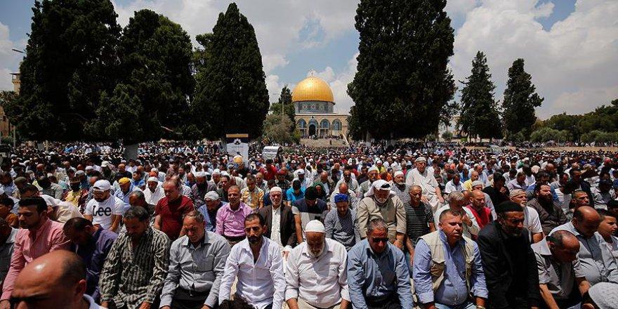 Mescid-i Aksa'da Ramazan Ayının Üçüncü Cuması