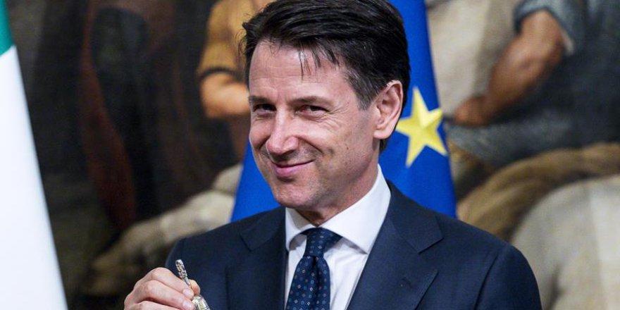 İtalya Başbakanı Giuseppe Conte İstifasını Sundu