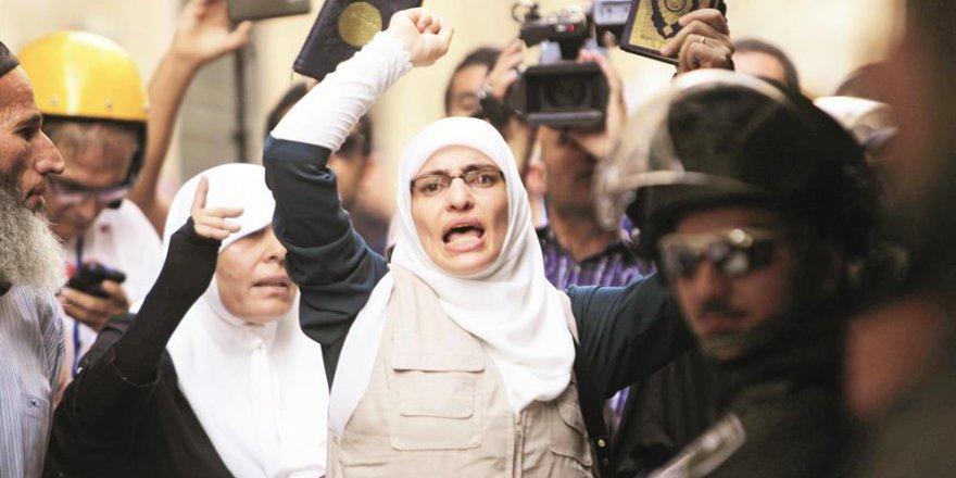 Müslüman Kadın İslami Mücadelenin Zayıf Unsuru mu?