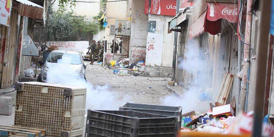 İşgal Güçleri El-Halil'de Bir Filistinliyi Şehit Etti