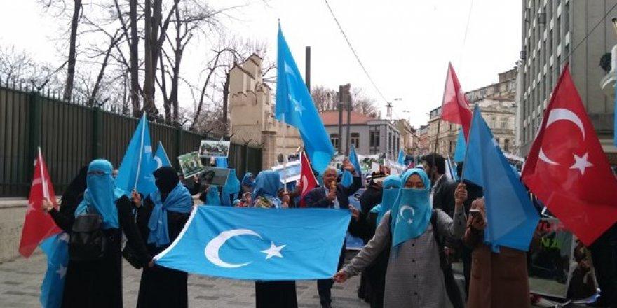 Çin'in Zulmettiği Uygur Müslümanlara İkametgâh Vaadi