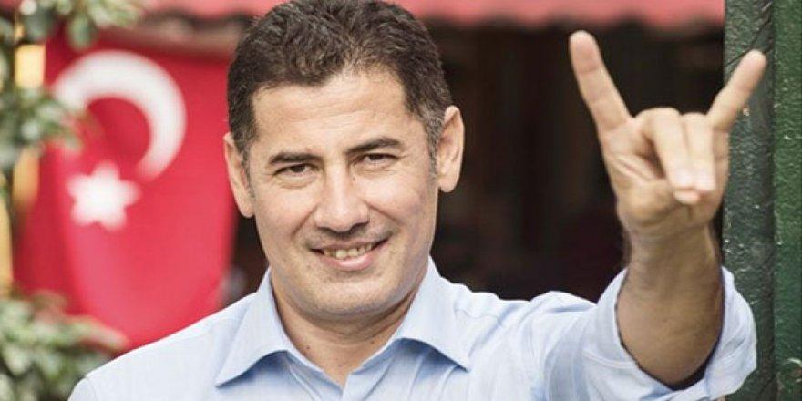 TRT World Mülteci Düşmanı Irkçılardan Medet mi Umuyor?