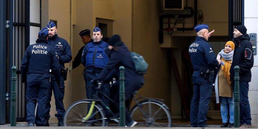 Belçika'da Müslüman Kıza Saldırıyla İlgili 2 Gözaltı