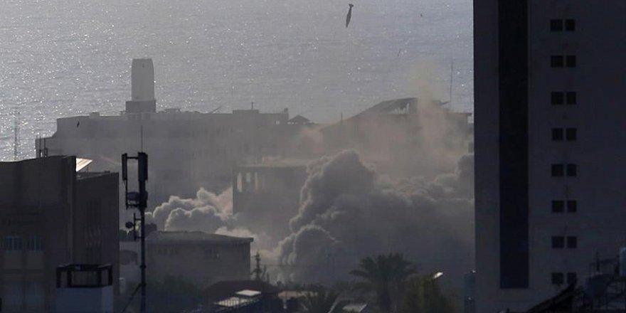 Siyonistler Gazze'deki Sanat Köyü'nü Vurdu