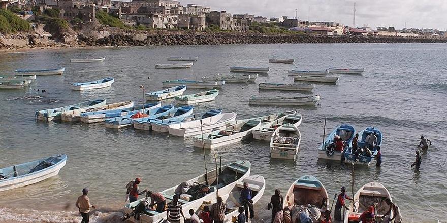 Somali'de Ekmek Parası İçin Meçhule Demir Alan Balıkçılar