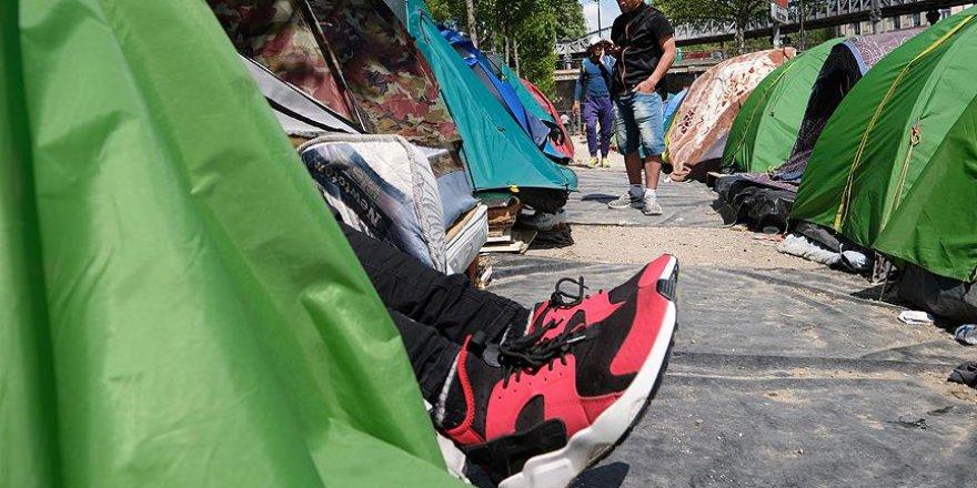 Fransa'da Sığınmacılara Yardım Eden 4 Kişiye Gözaltı