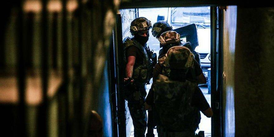 İstanbul'da Uyuşturucu Satıcılarına Operasyon: 24 Gözaltı
