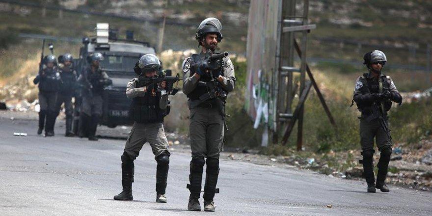 İşgal Güçleri Dört Filistinliyi Katletti