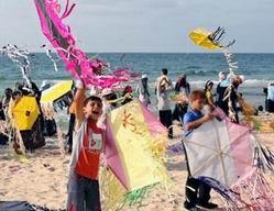 Gazzede Çocukların Yaz Kampına Saldırı