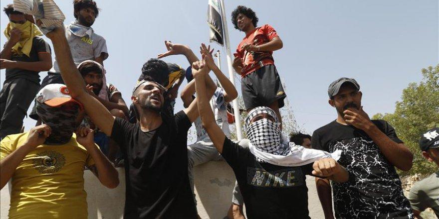 Irak'taki Protestolarda Bir Gösterici Daha Öldü