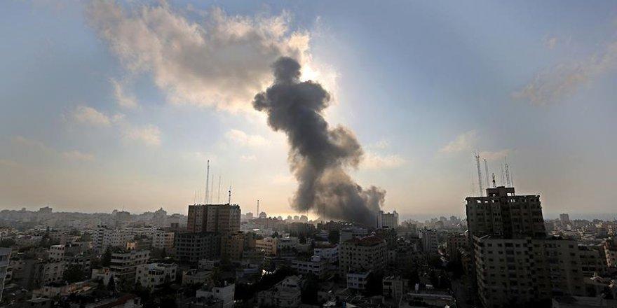 Ateşkesin Üzerinden Daha 24 Saat Geçmeden İşgalci İsrail Gazze'ye Saldırdı