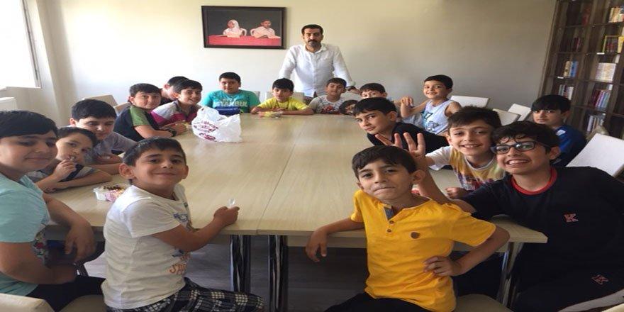 Özgür-Der Bingöl Şubesi Kur'an Kursu Öğrencileri Piknik Yaptı