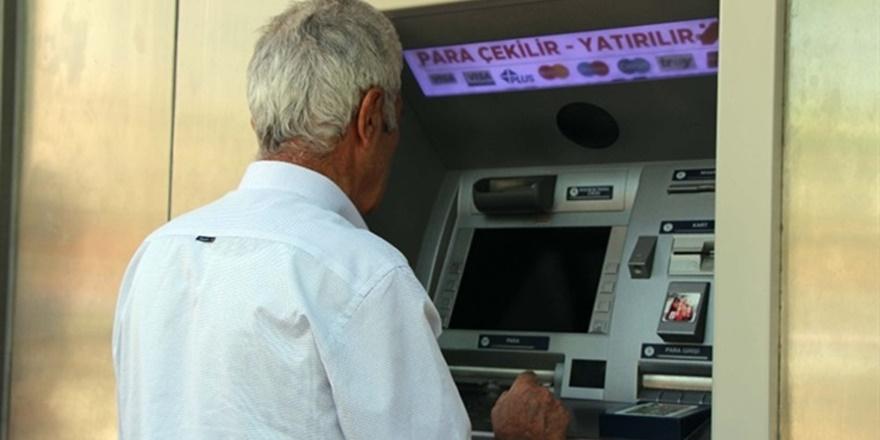 Bin Liranın Altında Emekli Maaşı Olmayacak