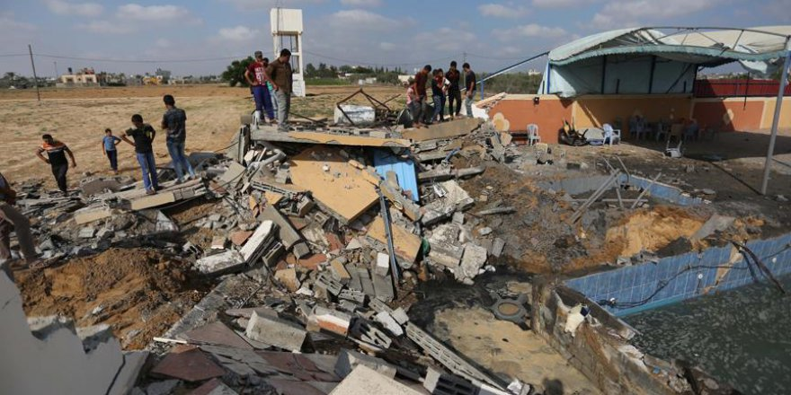 İşgalci İsrail Gazze'de 150 Noktayı Vurdu