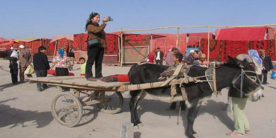Uygur Profesör Rahile Davut'tan 8 Aydır Haber Alınamıyor