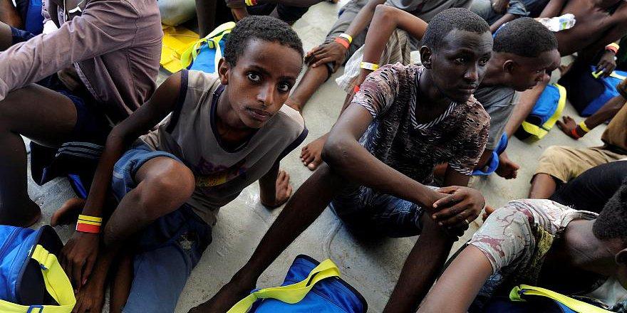 141 Mülteci Taşıyan Aquarius Gemisine İtalya'dan Yine Ret