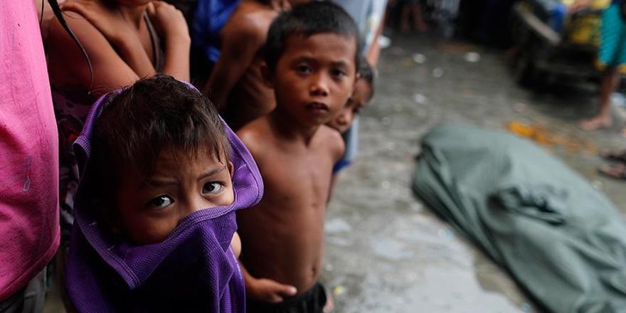 Filipinler'de Şiddetli Yağışlar Hayatı Felç Etti
