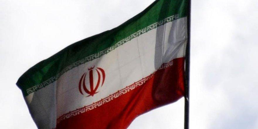 İran'da 6 Kişi İdam Edildi