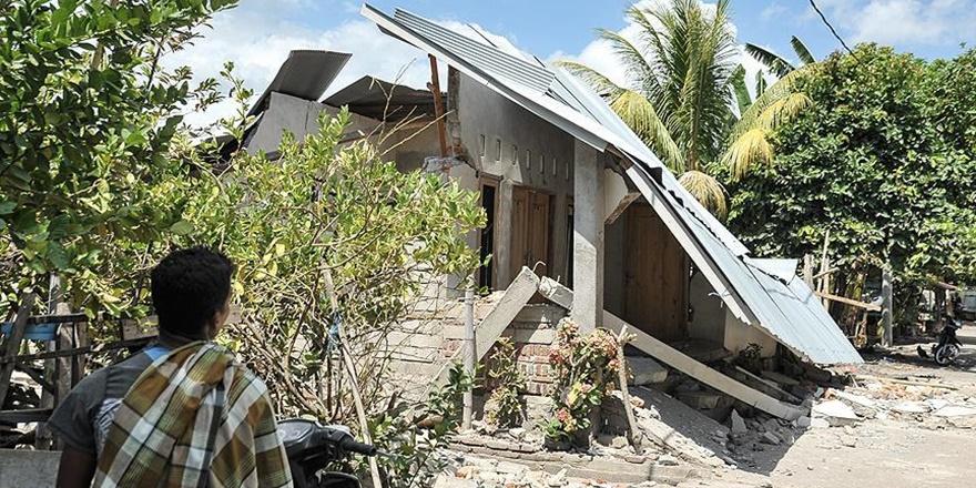 Endonezya'daki Depremler İki Haftada 483 Can Aldı