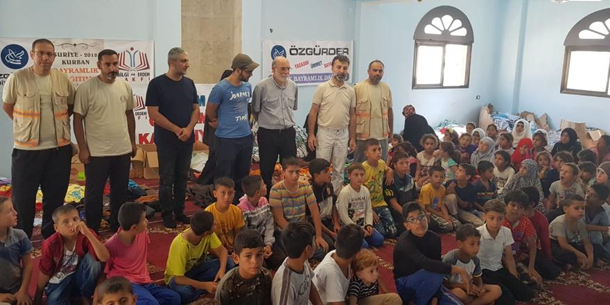 Özgür-Der'den İdlib'deki Suriyeli Yetimlere Ziyaret